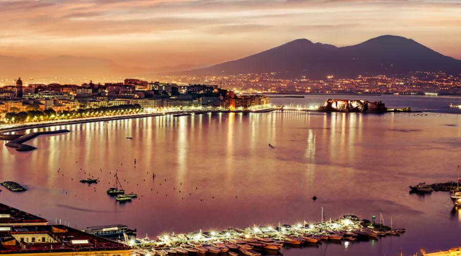 Elitaxi: ecco come visitare tutte le meraviglie di Napoli in un giorno